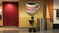 Dankin-Danuts_dunkin-donuts_min