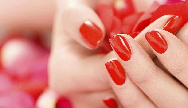 manikyurnyj-salon-Funky-Nails.jpg