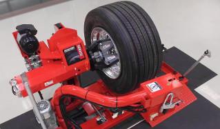Какое оборудование нужно для шиномонтажа?